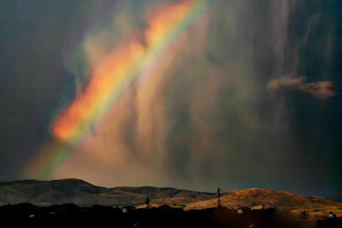 Resultado de imagem para chuva e arco iris tumblr