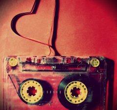 love_music_cassette_hearts_heart_desktop_1920x1200_hd-wallpaper-787475